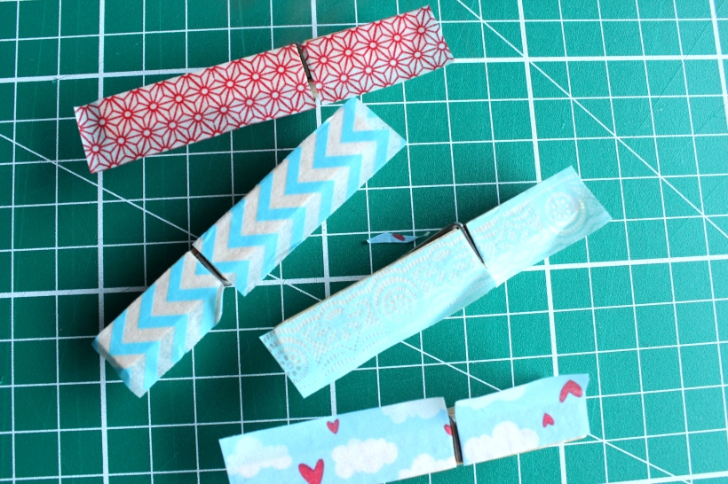 Wooden pegs covered with washi tape - quick project