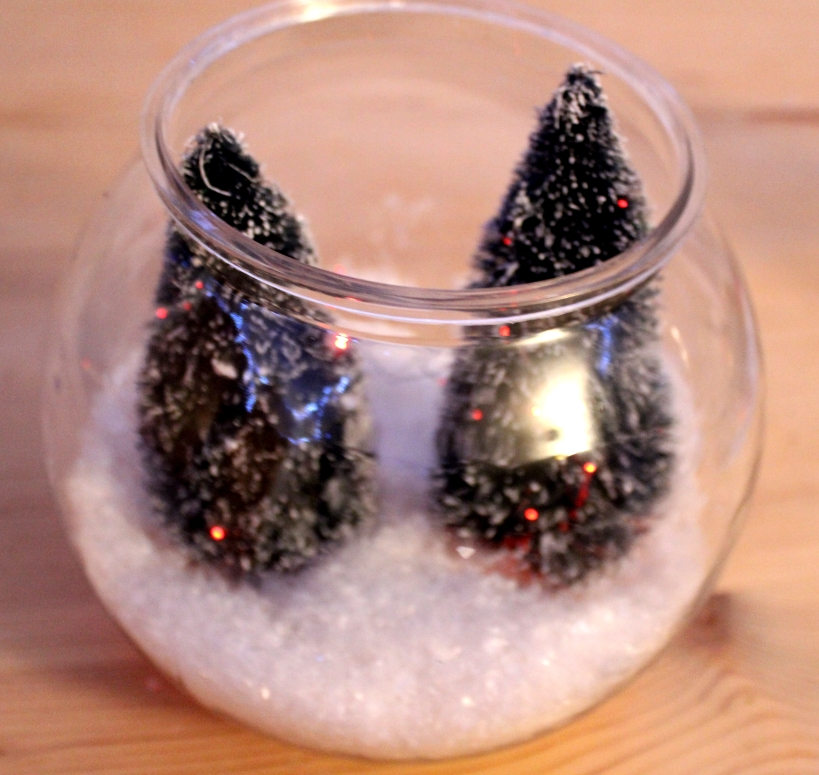 A Snowy Christmas Tree Bowl