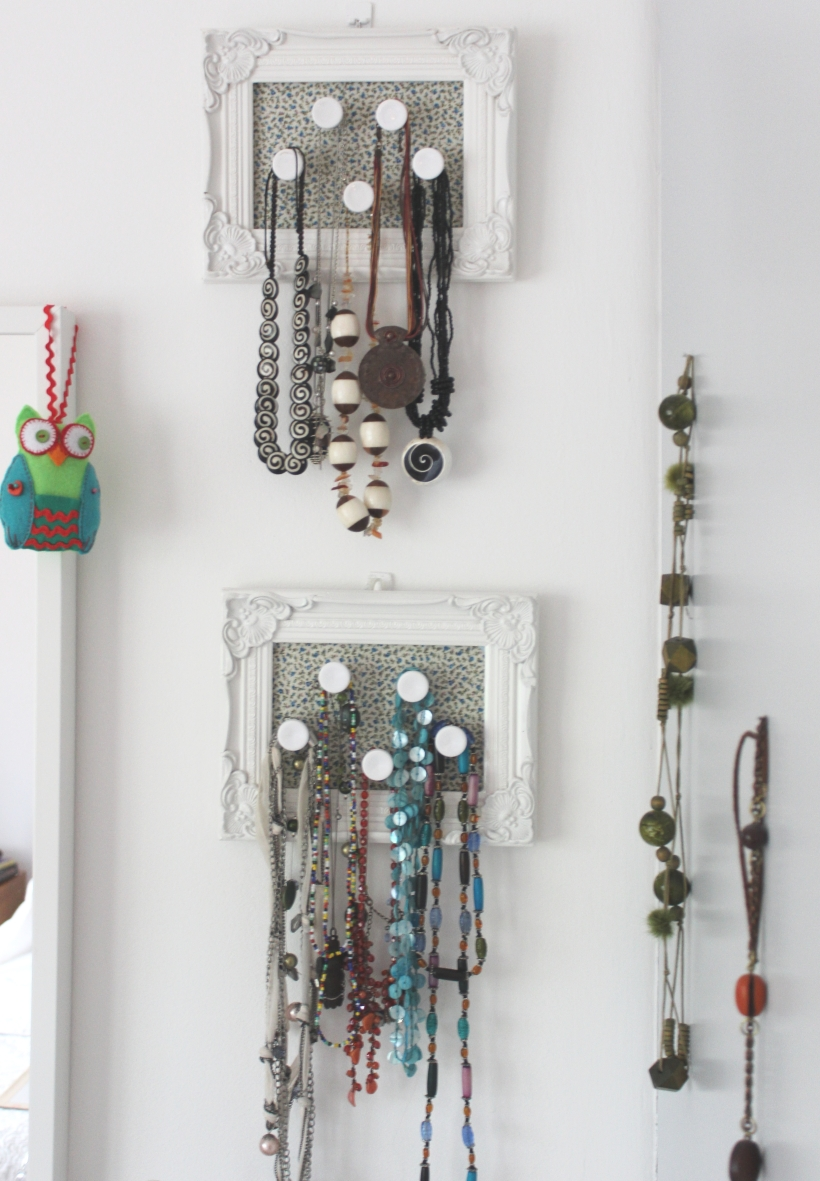 Organising jewellery - necklaces
