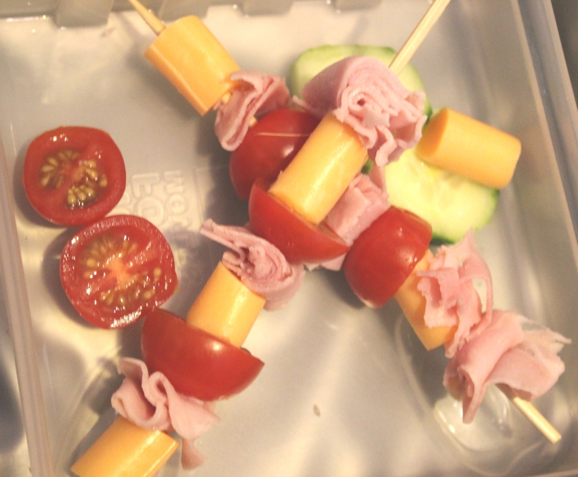 School lunches - kabobs - OrganisingChaosBlog