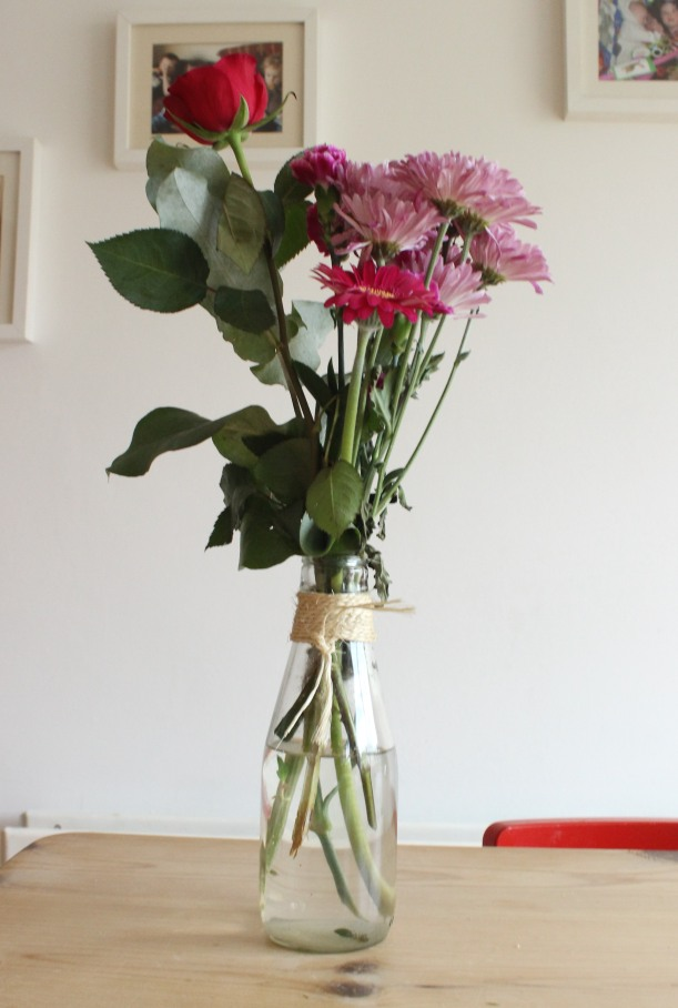 Up-cycling jars as flower displays - OrgansingChaosBlog
