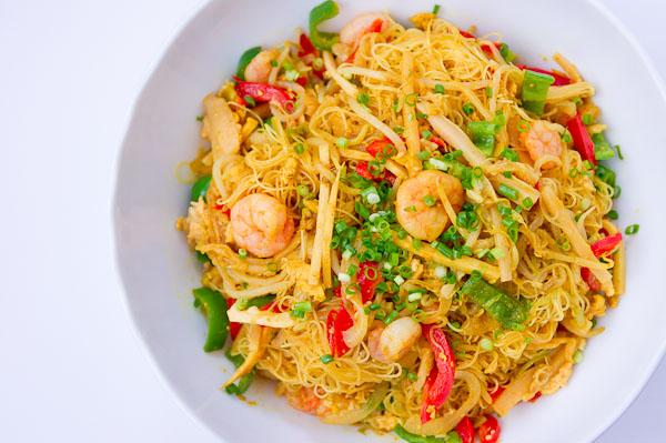 OrganisingChaosBlog - New Spring Recipes - Singapore Noodles