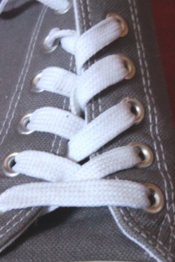 No more laces in summer shoes